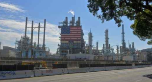 Carson seeks court restraining order against Tesoro's South Bay refinery operations
